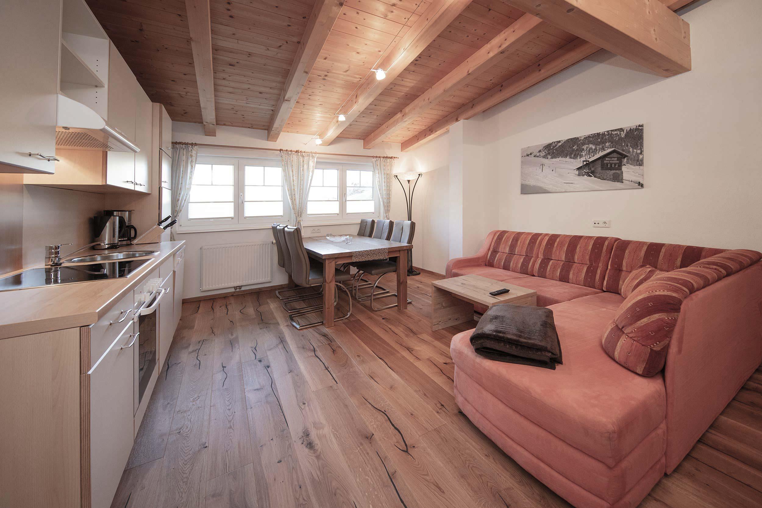 Apartment 3 Wohnraum